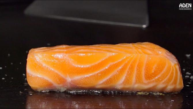 Японский обед для гурманов - мясо, морепродукты, приготовленные в стиле Тэппанъяки (Видео)