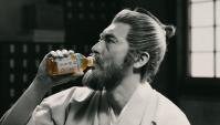 Японская Реклама - Чай Suntory Goma Mugicha