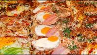 Японская уличная еда - Окономияки с морепродуктами в Осака (Видео)