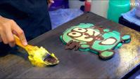 Уличная еда в Таиланде (Бангкок) - Художественные блинчики (Видео)