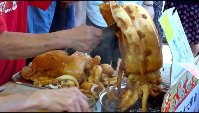 Уличная еда в Гонконге - Морепродукты (Видео)