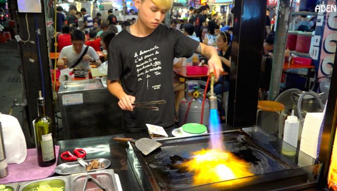Уличная еда в Тайване - Приготовление говядины (Видео)