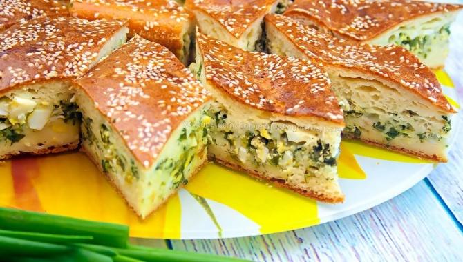 Заливной пирог с зеленым луком и яйцом - Видео-рецепт