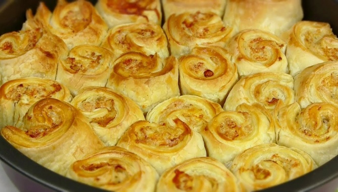 Пирог с Фаршем под Сырным Соусом - Видео-рецепт
