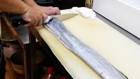 Уличная еда в Японии - Огромная Рыба-Сабля (Видео)