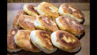 Пирожки с зеленым луком и яйцом - Видео-рецепт