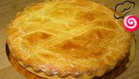 Бретонский пирог с черносливом - Видео-рецепт
