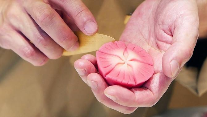 Удивительные традиционные японские сладости (Видео)