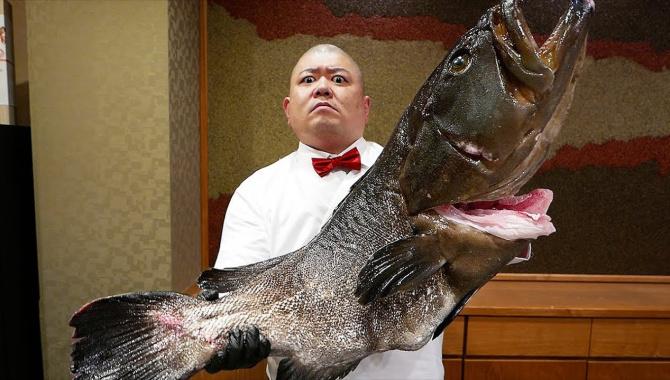 Японская Еда - Гигантский Групер (Видео)