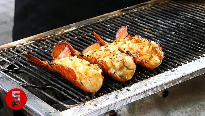 Уличная еда в Корее - Жареные морепродукты (Видео)