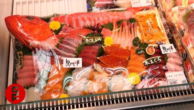Тур по японскому рынку - вкусная японская еда (Видео)