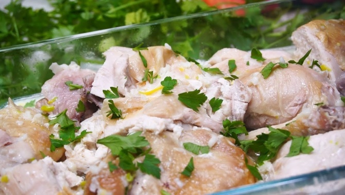 Курица в молочно-чесночном соусе - Видео-рецепт