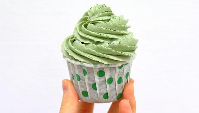 Капкейки с зеленым чаем - Видео-рецепт