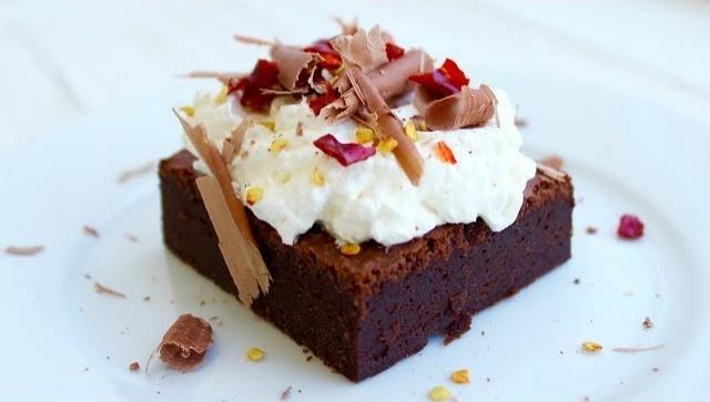 Шоколадный кекс брауни с перцем чили - Видео-рецепт