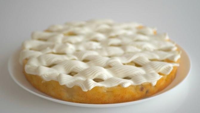 Перевёрнутый пирог с яблоками - Видео-рецепт