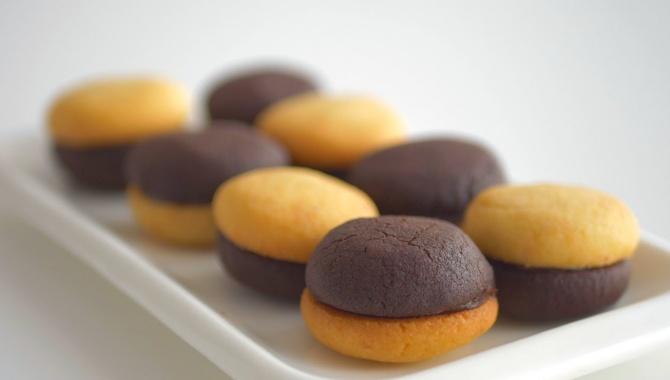 Двухцветное песочное печенье Поцелуй - Видео-рецепт