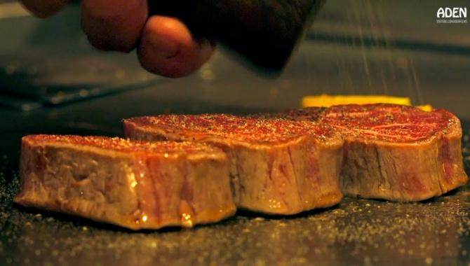 Приготовление говядины Вагю на сковороде Тэппан (Видео)