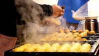 Уличная еда в Корее - Такояки (Видео)