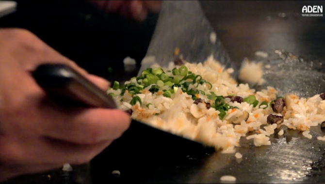 Японская Еда - Жареный рис с говядиной Вагю (Видео)