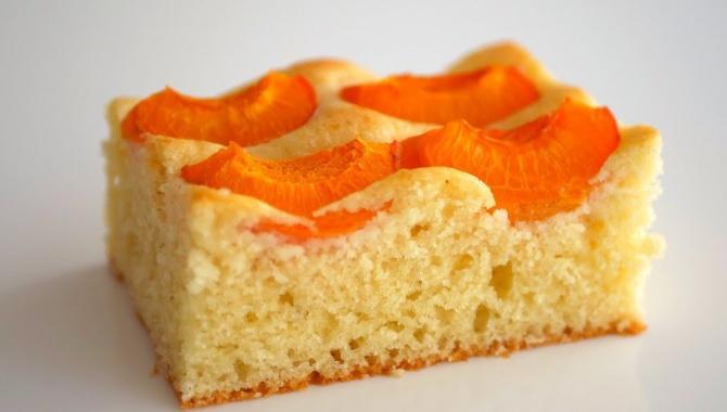 Абрикосовый пирог на сметане - Видео-рецепт