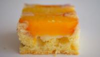 Перевёрнутый пирог с персиками - Видео-рецепт