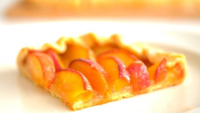 Пирог с нектаринами - Видео-рецепт