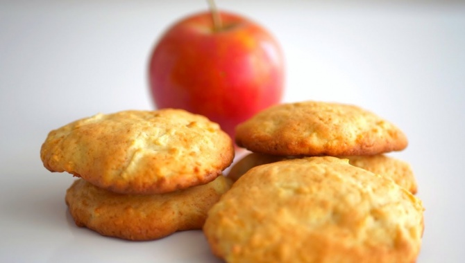 Нежное печенье с яблоками - Видео-рецепт