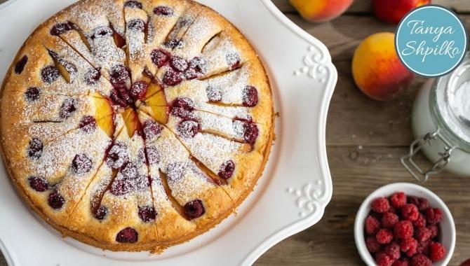 Йогуртовый Пирог с Персиками и Малиной - Видео-рецепт
