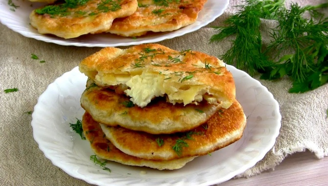Вкусные лепешки с сыром - Видео-рецепт