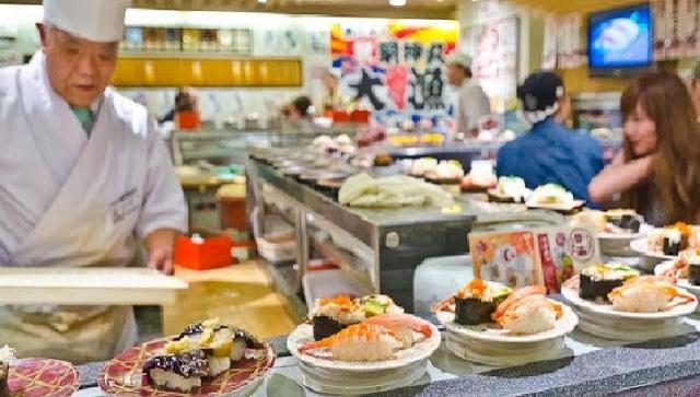 Что едят Японцы каждый день❓ЦЕНЫ на Еду⚠️в Японии Суши и роллы в Японии, Японский ресторан в Японии (Видео)