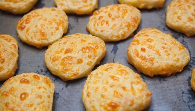 Сырное печенье - Видео-рецепт