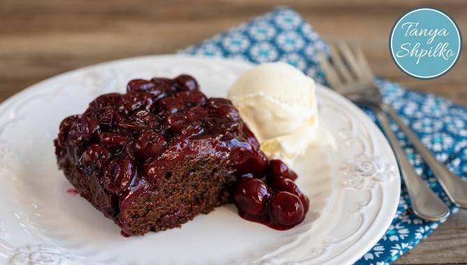 Шоколадный Пирог с Вишней - Видео-рецепт