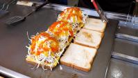 Уличная еда в Корее - Тосты с двойной ветчиной (Видео)