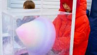 Уличная еда в Японии (Харадзюку) - шарики такояки и сахарная вата (Видео)