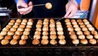 Уличная еда в Корее - Такояки с различными вкусами (Видео)