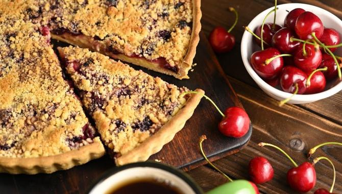 ВИШНЕВЫЙ Пирог с заварным кремом - Видео-рецепт
