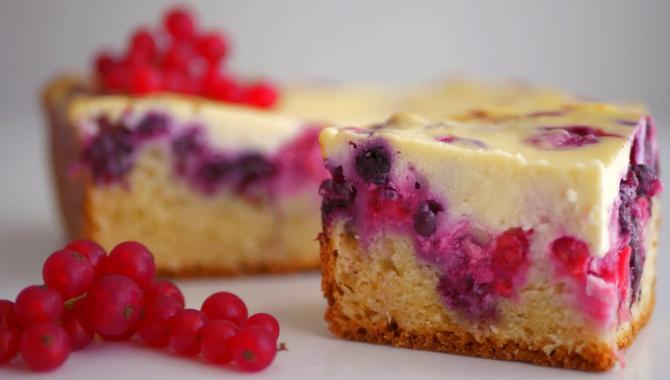Пирог Нежный с ягодами - Видео-рецепт