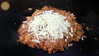 Корейская Еда - Жареный рис с кимчи и сыром (Видео)