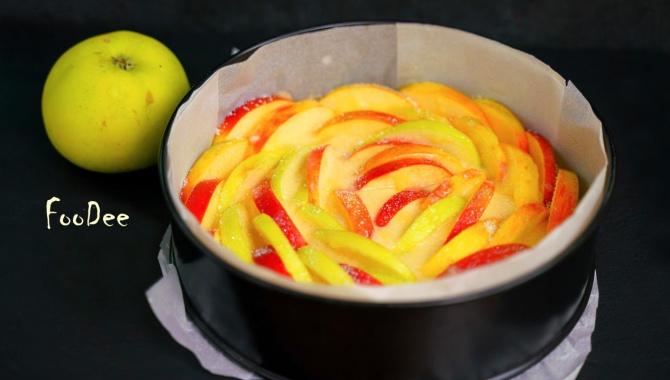 Простейший яблочный пирог - Видео-рецепт