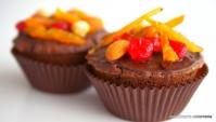 Рождественские мини-кексы с шоколадом, сухофруктами и орехами - Видео-рецепт