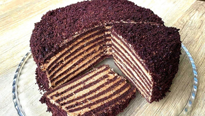 Торт с бархатистыми коржами и кремом со вкусом Мороженого - Видео-рецепт