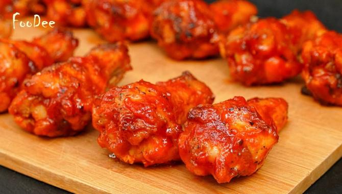 САМЫЕ ВКУСНЫЕ куриные крылышки в духовке - Видео-рецепт