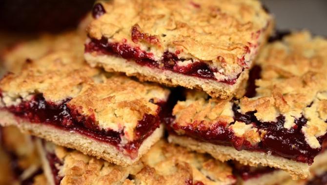 Венское печенье с вишней или тёртый пирог! Простой рецепт к чаю - Видео-рецепт