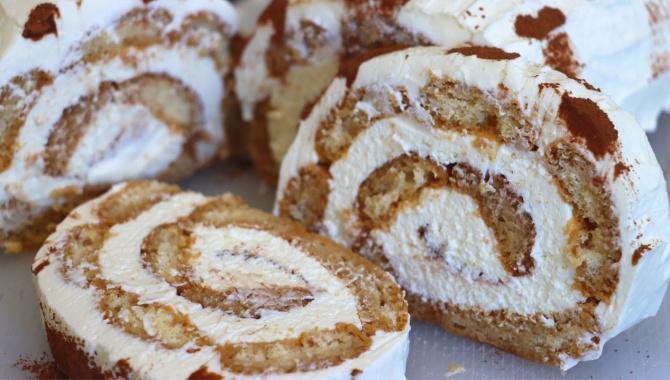 Десерт тирамису без яиц в виде рулета  - Видео-рецепт