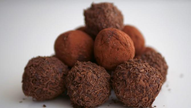 Шоколадные конфеты Трюфель в домашних условиях - Видео-рецепт