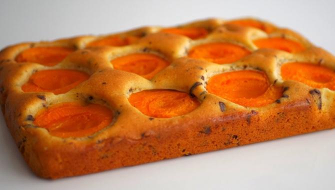 Простой абрикосовый пирог - Видео-рецепт