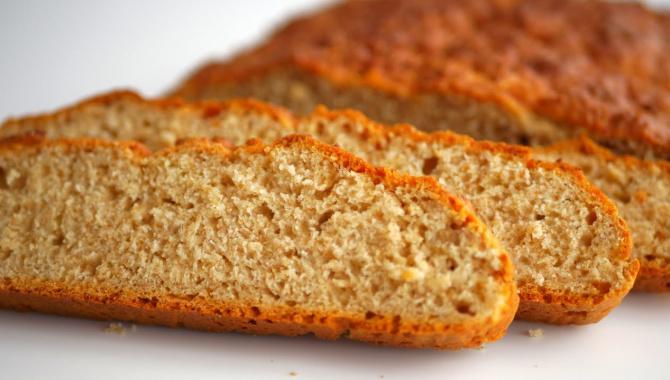 Ароматный хлеб без дрожжей на скорую руку - Видео-рецепт
