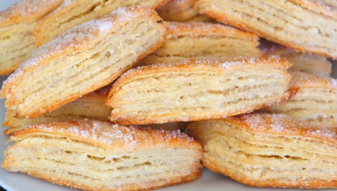 Простое и вкусное слоеное печенье на кефире - Видео-рецепт
