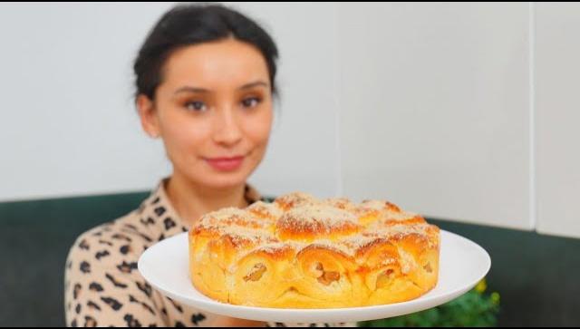 Очень вкусный, нежный и мягкий яблочный пирог - Видео-рецепт